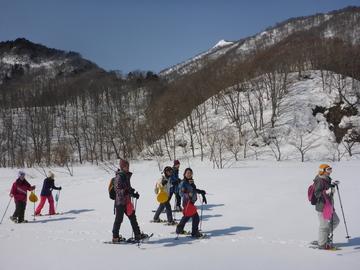 <span>雪とお友達になれるスノーシュー</span>お手軽な雪上ハイキング 日本有数の豪雪地帯群馬県みなかみ町へようこそ!