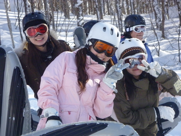<span>冬限定 写真データ無料プレゼント</span>群馬旅行&エアーボード体験の思い出は胸の中に、でも形にも残したい!