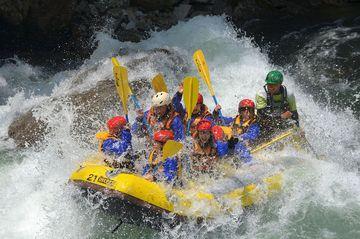 <span>選ぶのはあなたの好み次第!</span>利根川ラフティングは季節、時期によって楽しみ方が変わります!